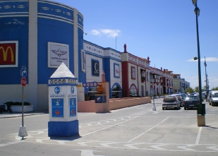 Algarve Shopping in Guia - entrance to underground car park